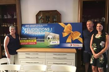 ProxiFuel Henegouwen schenkt een Philips televisietoestel aan één van hun klanten!