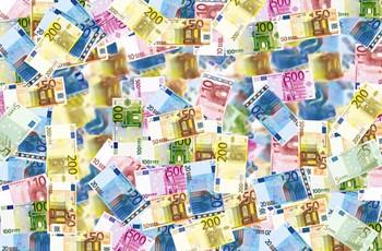 Euro bills.jpg